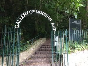 This Way To The Gallery